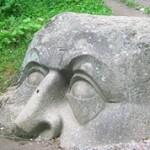 Самые необычные скульптуры и памятники в России