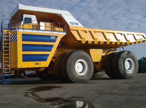 БелАЗ 75710