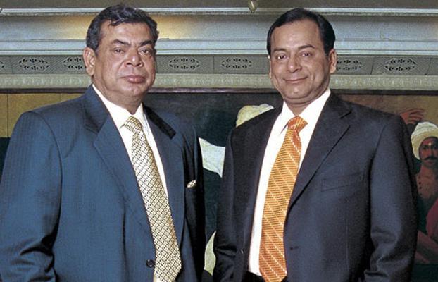 Шаши и Рави Руя