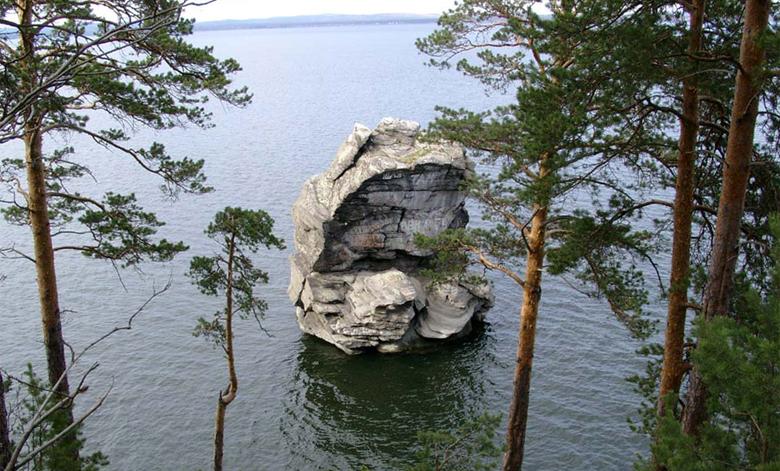 Шайтан-камень