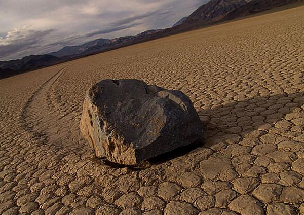 Движение камней