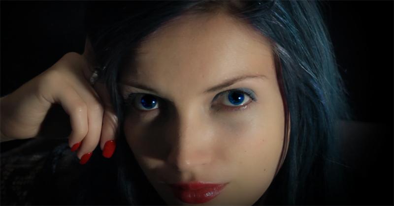 Глаза во время гипноза