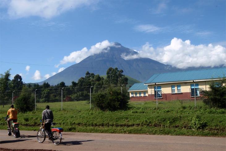 Муфумбиро