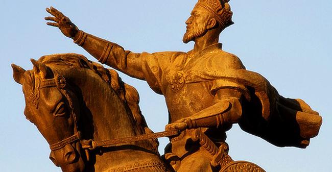 Памятник Амиру Темуру