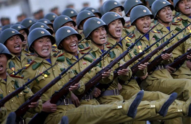 Солдаты КНДР