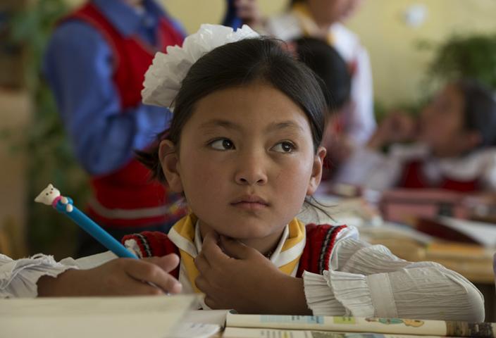Школьницы Монголии
