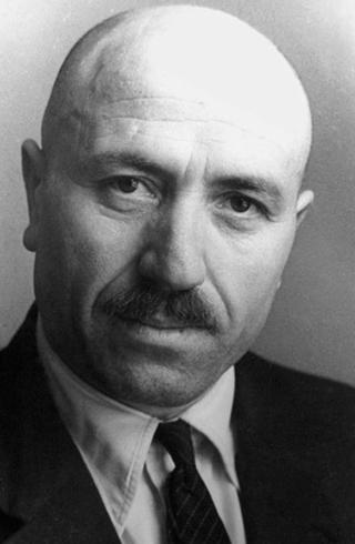Поэт Кайсын Кулиев