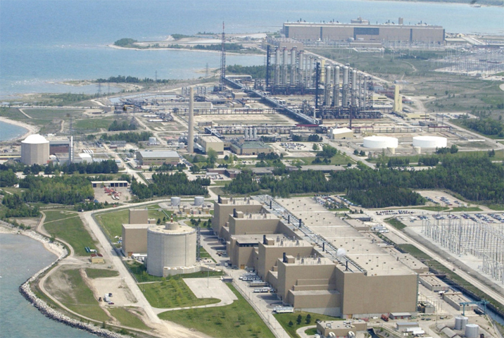 АЭС Брюс в Канаде