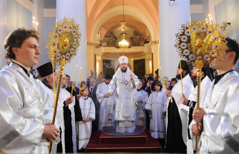 dcb77dc1acaf Самые популярные праздники в России   VivaReit