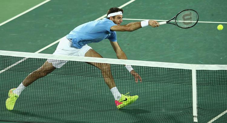 Игрок в теннис