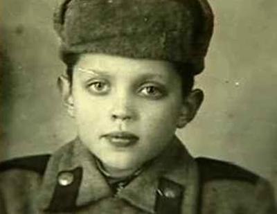Роберт в детстве