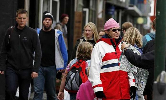 Люди в Исландии