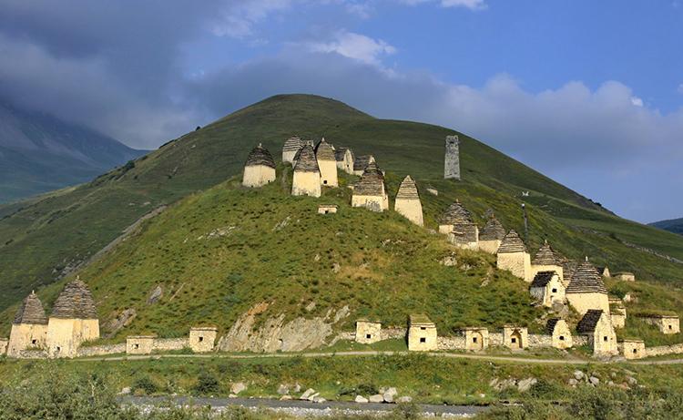 Даргавский некрополь