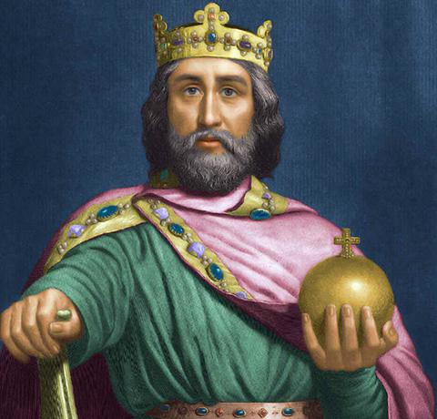 Карл Великий на троне
