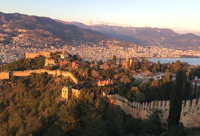 Крепость в городе Аланья