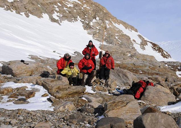 Люди в Антарктиде
