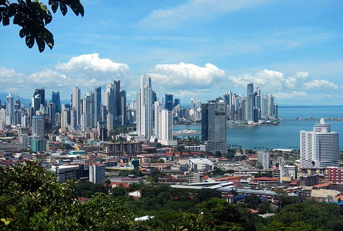 Вид на Панаму