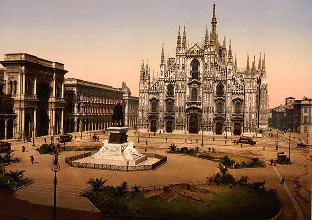 Площадь Пьяцца-Дуомо, Милан