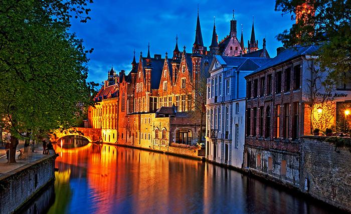 Река в Брюсселе
