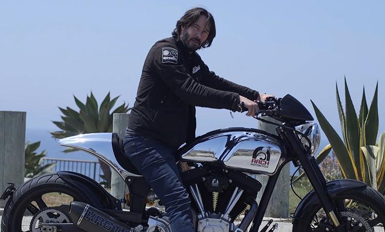 Ривз на мотоцикле