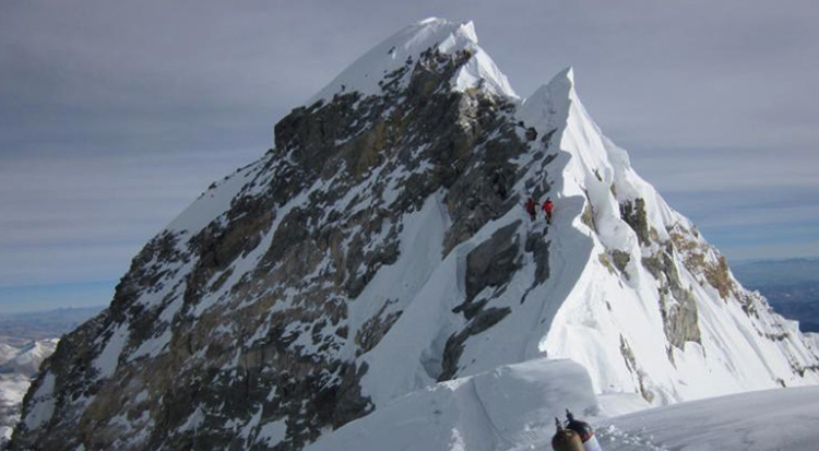 Вид горы Эверест