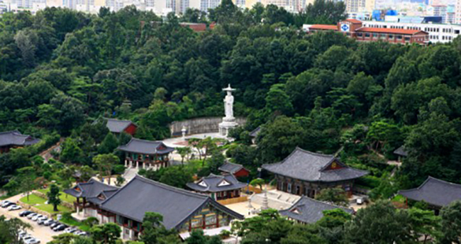 Храм Бонгеунса (Bongeunsa Temple)