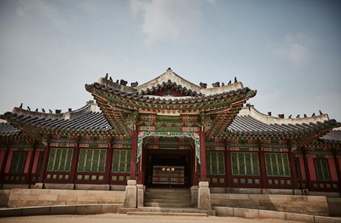 Дворец Чхандоккун и Хувон (Changdeokgung Paláce & Huwon)