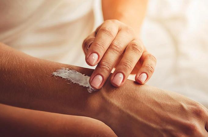 Использование крема для кожи