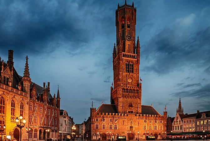 Дворец Белфри и башня Галл в Брюгге