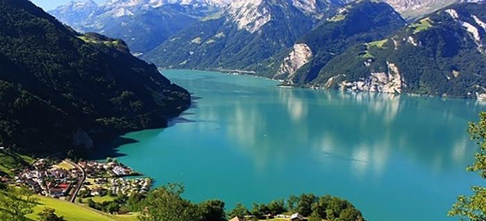 Извилистое озеро Люцерн