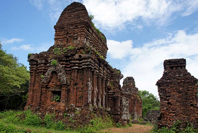 Храмы Май Сон, г. Дананг