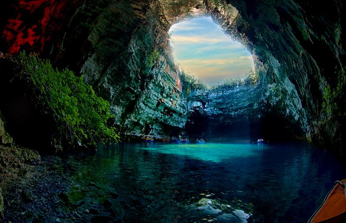 Пещерное озеро Мелиссани, о. Кефалония