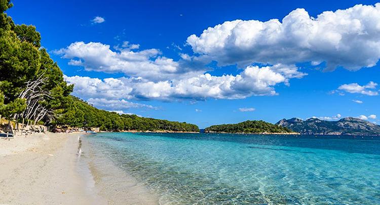 Плайя де Форментор (Playa de Formentor)