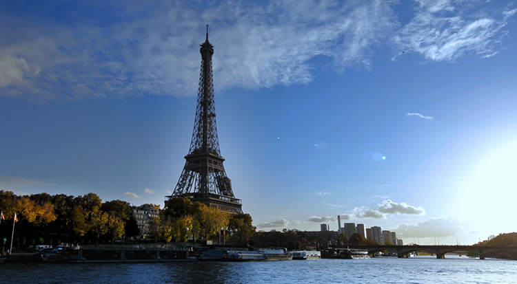 Эйфелева башня (la Tour Eiffel) в Париже
