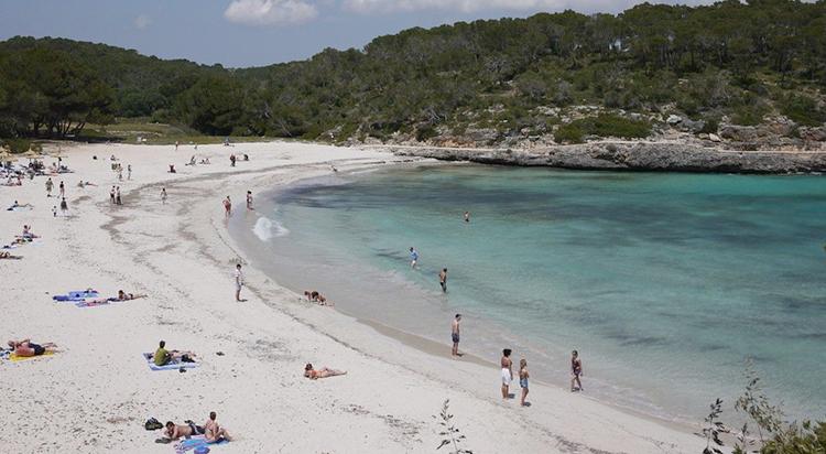 Плайя де С'Амарадор (Playa de S'Amarador)