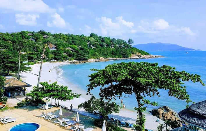 Самронг Бэй (Samrong Bay)