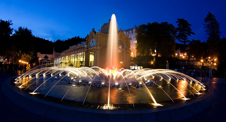 Поющий фонтан (Zpívající fontána)