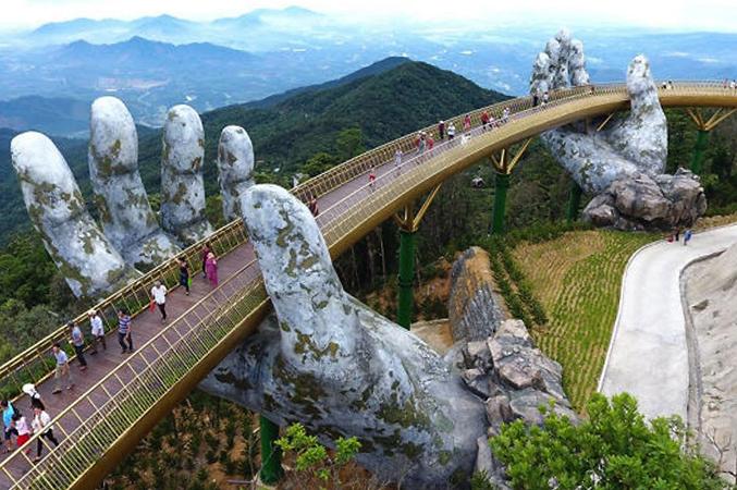 Золотой мост вблизи г. Дананг