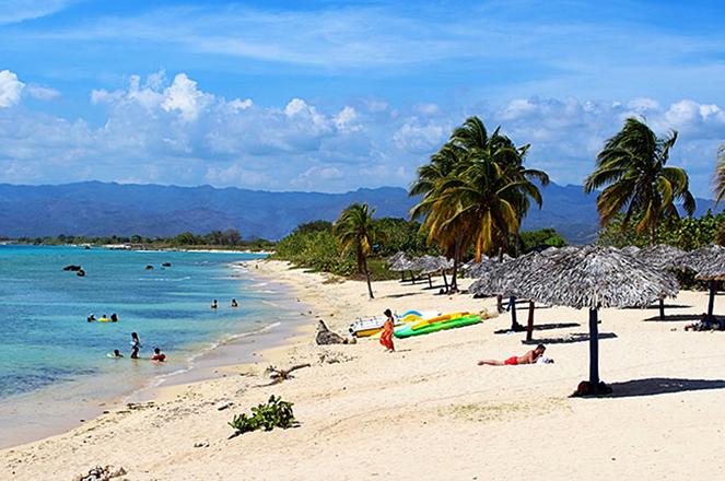 Плайя Анкон (Playa Ancon)