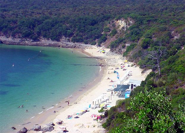 Галапиньюш (Praia de Galapinhos)