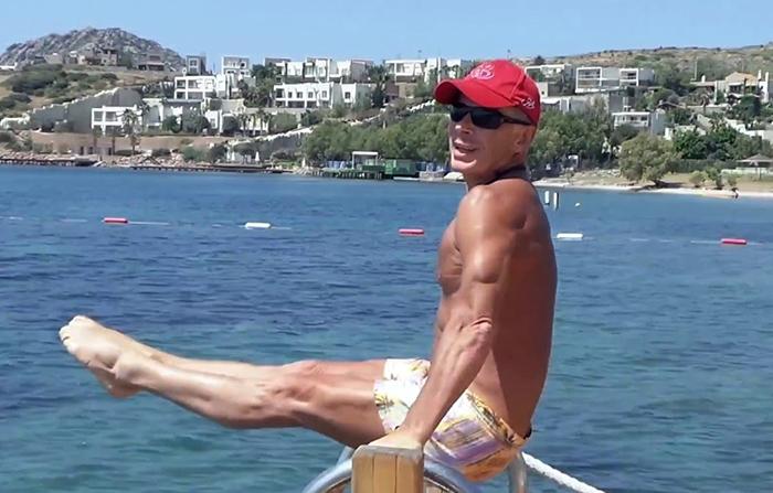 Газманов гимнаст
