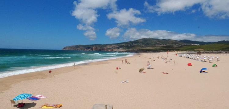 Гиншу (Praia Grande do Guincho)