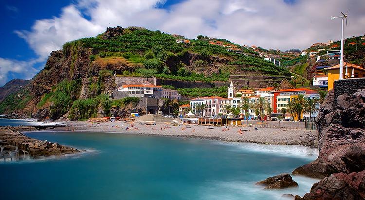 Мадейра, Испания