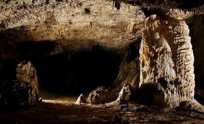 Пещера Крива