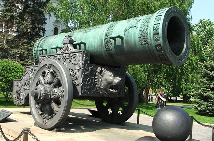 Вид царь-пушки