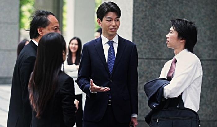 Японцы разговаривают