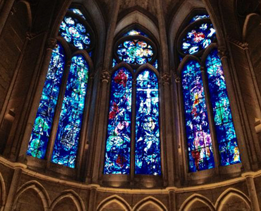 Окна собора
