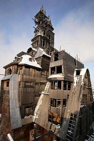 13-этажный деревянный дом
