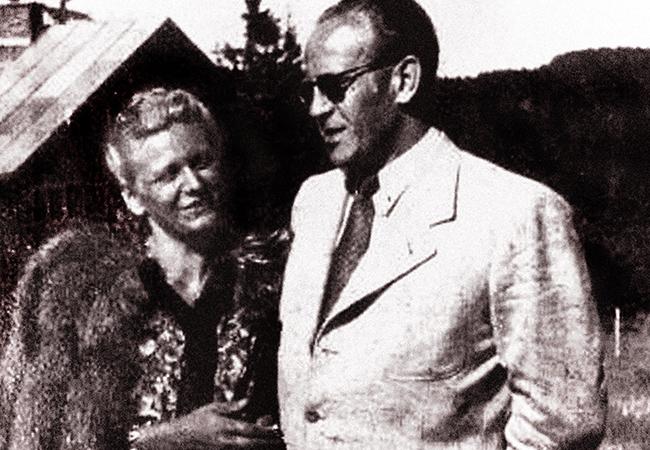 Оскар с женой