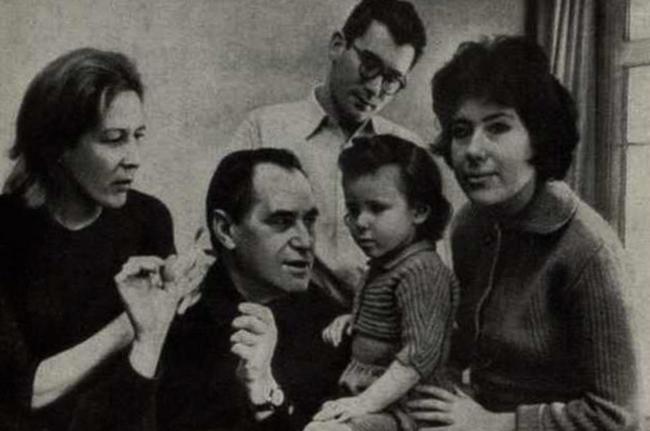 Катаев с семьей